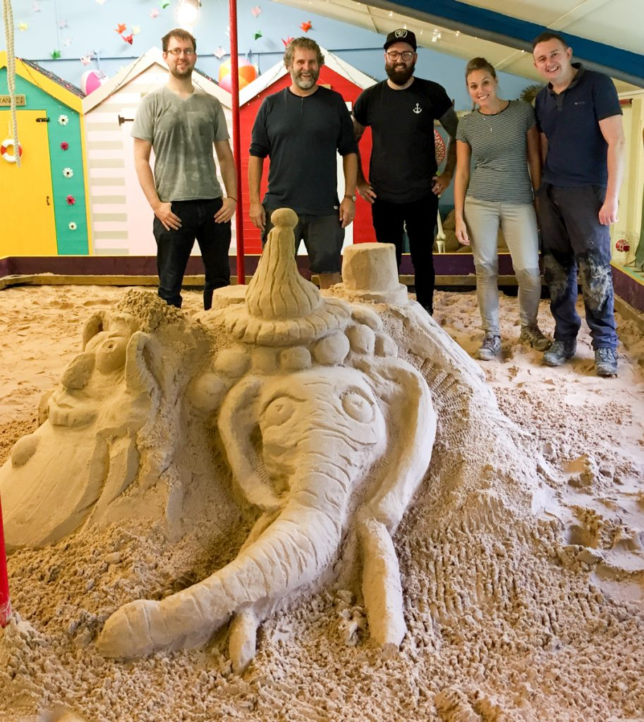 team_day_experience_Day_sand_Sculpture_taster_Session