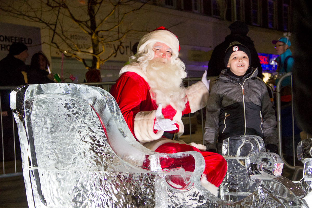 visit_santa_events_grotto_father_christmas_lights_switch_on_hull