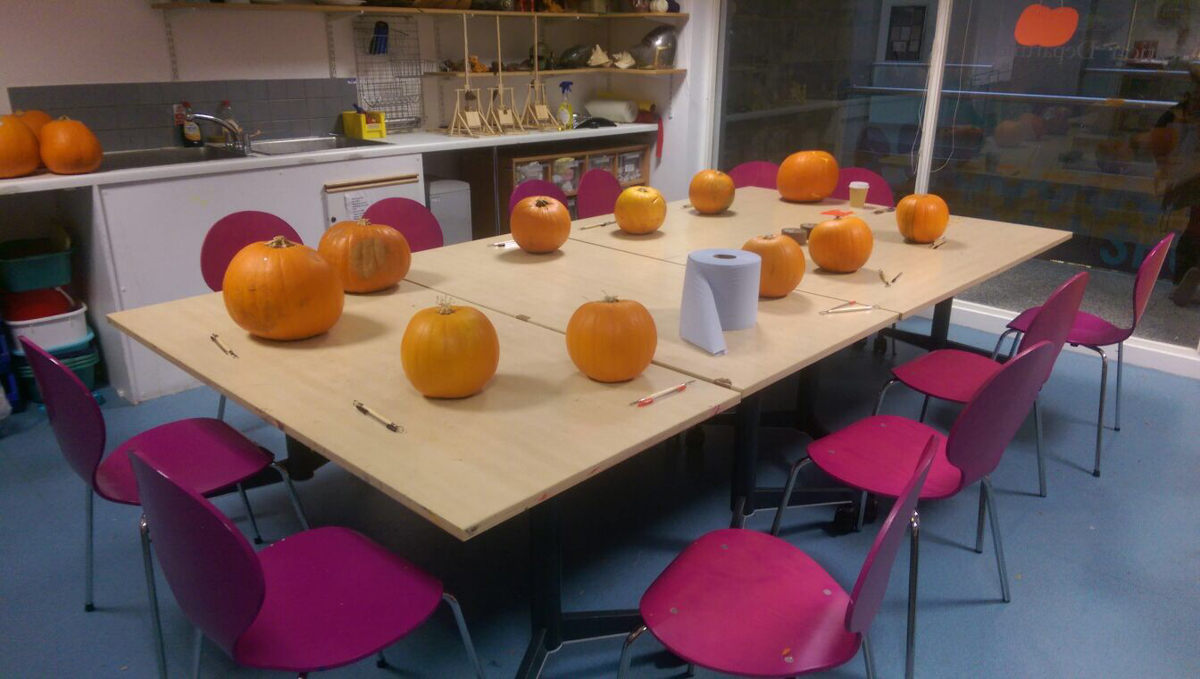 Pumpkin Carving Workshop with Sand in your Eye