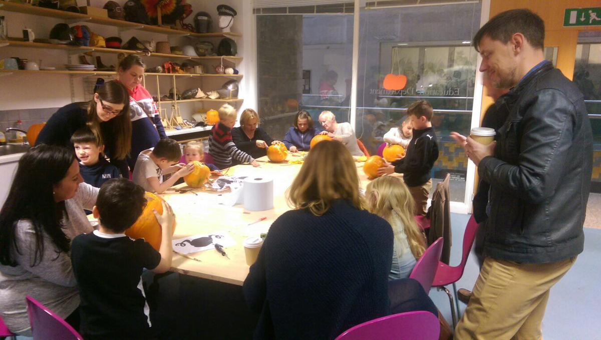 Leeds armouries pumpkin carving