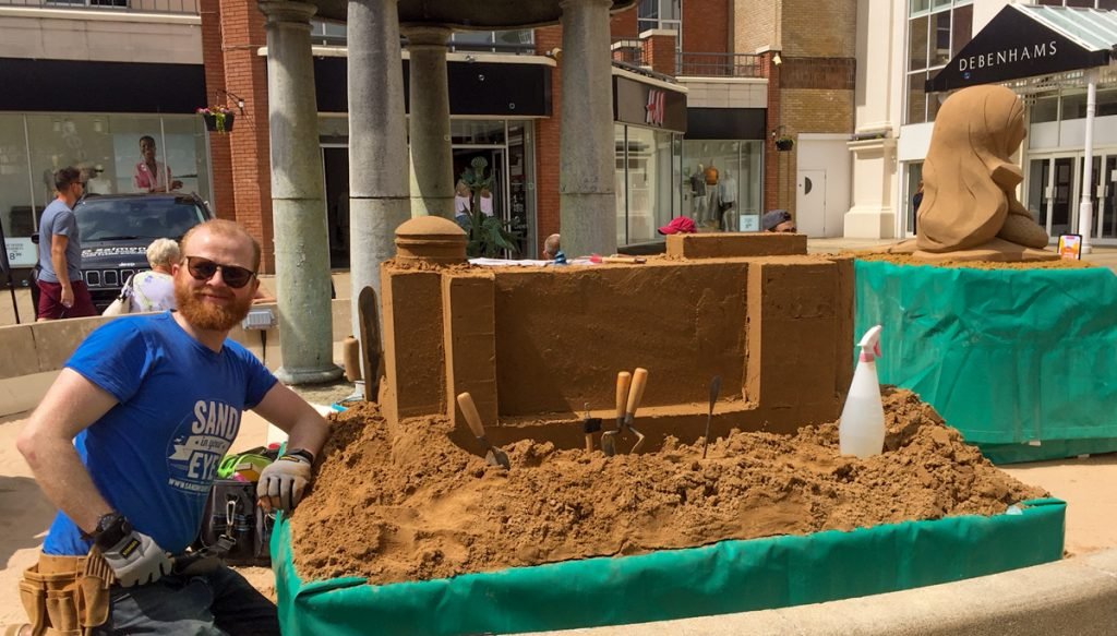 professional sand sculptor essex