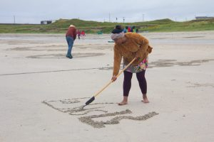 sand drawing workshop tiree music festival