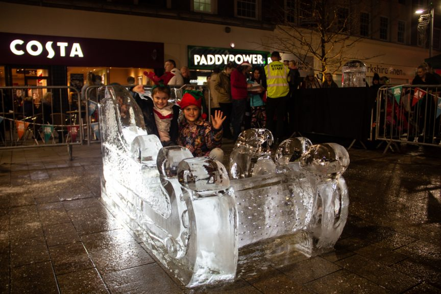 Ice_Ice Sculpture_Christmas attractions_ Hull City Centre_Hull Christmas lights