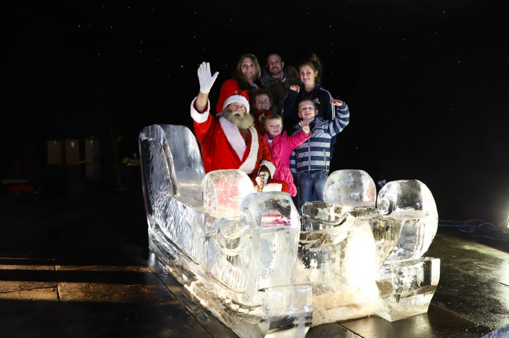 christmas days out ice sculpture
