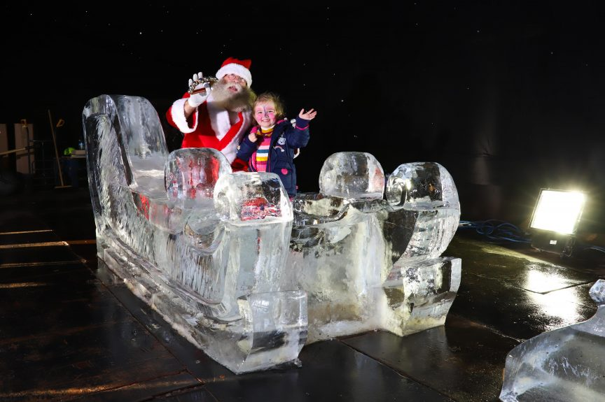 christmas events ice sculpture