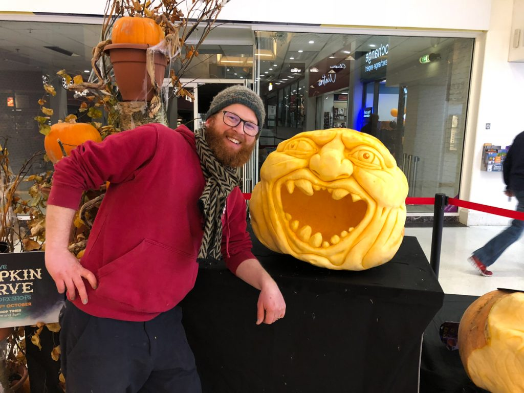professional pumpkin carving UK Jamie Wardley