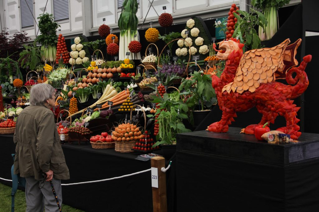 Chelsea flower show vegetable carving
