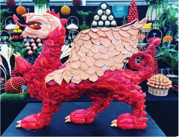 red dragon sculpture