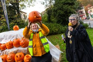 pumpkin carving competition craigshaw