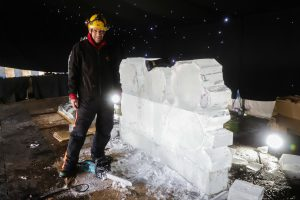 ice_carving_uk