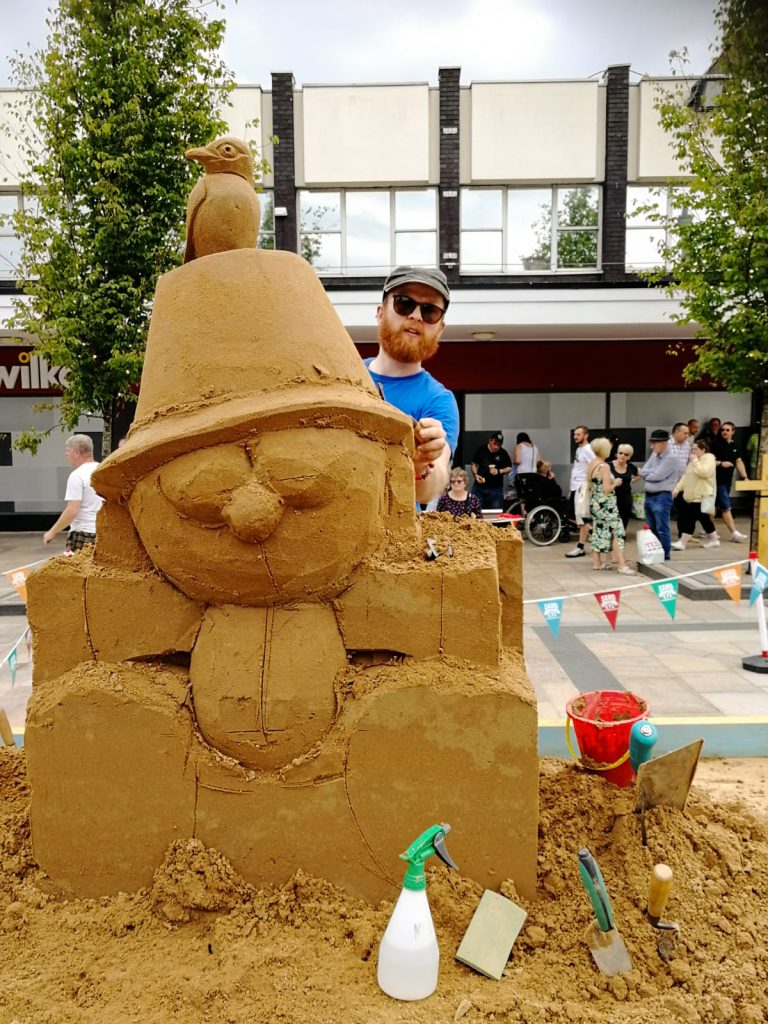 live sand sculpture uk