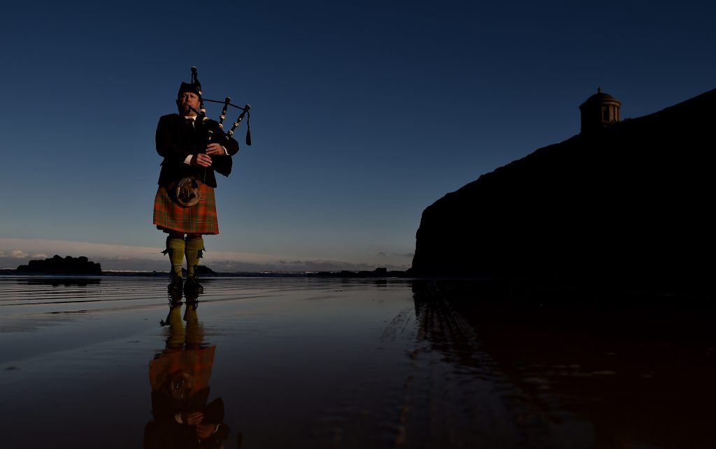 The Piper plays ©Charles McQuillan