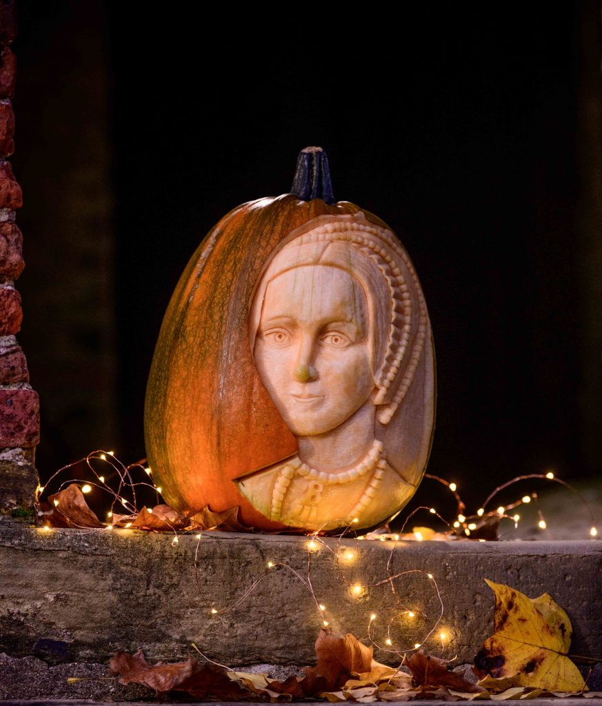 pumpkin carving anne boleyn