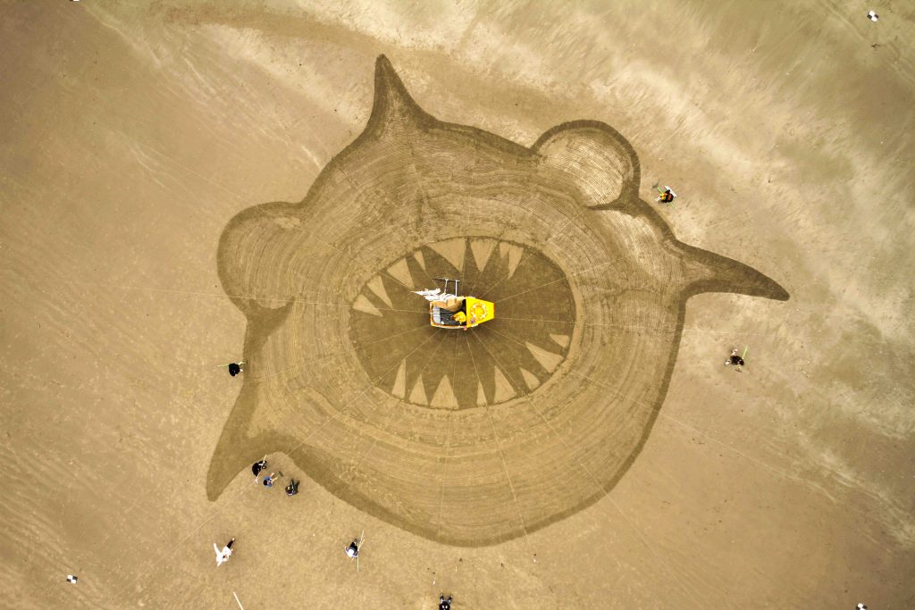 Gulp_guinness_world_record_sand_drawing, credit Aardman Animations (4)