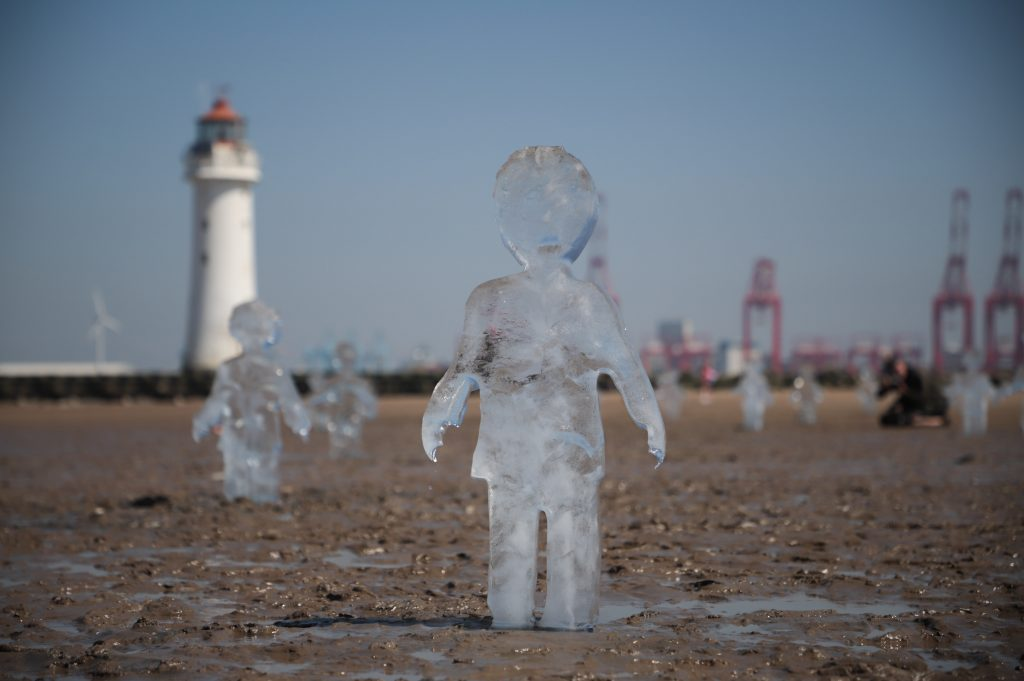 ice_sculpture_climate_change_uk